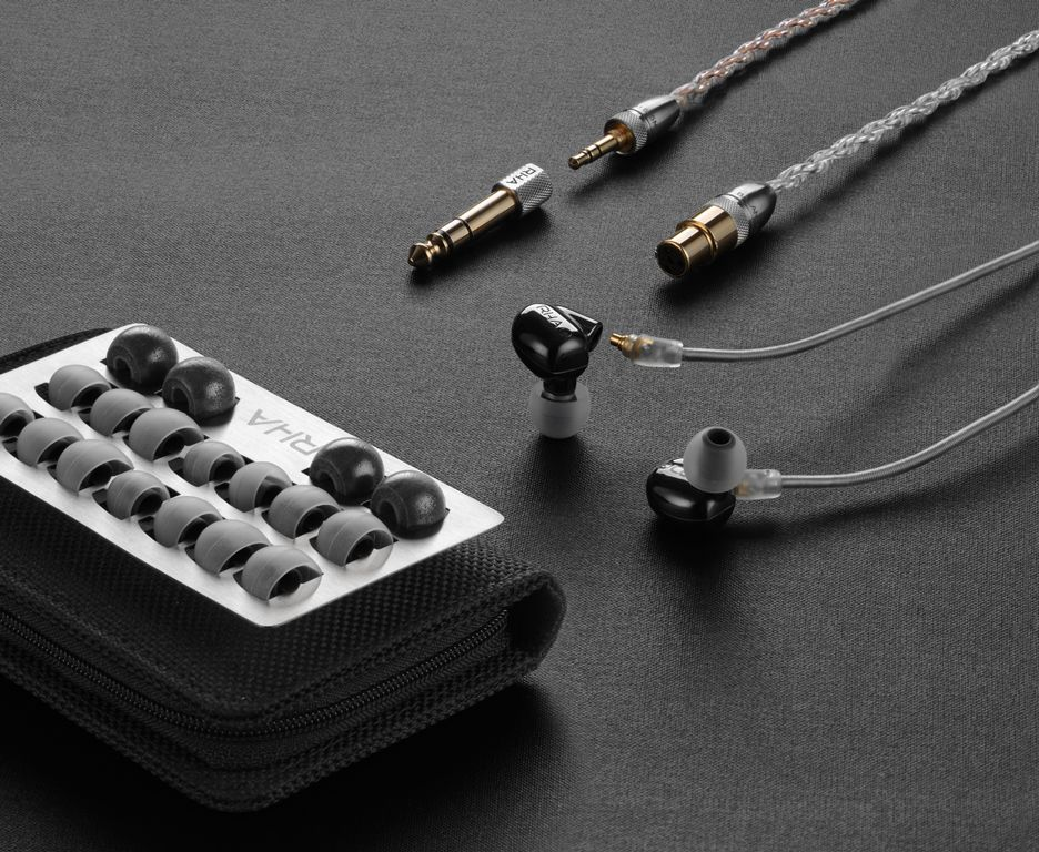 Rha Dacamp L1 Dac With Headphone Amp Announced Together With Cl1 Ceramic And Cl750 Earphones Audio Visual Pro Gear